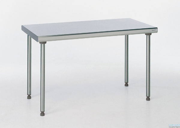 Tables inox centrale
